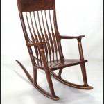 Klasik ahşap sallanan sandalye modelleri